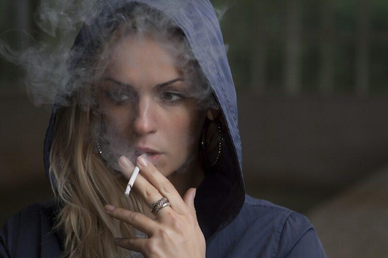 Fat people, Health, Alcohol, Cigarette, Smoke, Smokers, Passive smoking
