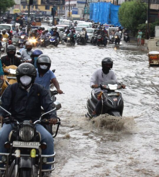 More heavy rains expected, Poor people, Hyderabad, South India