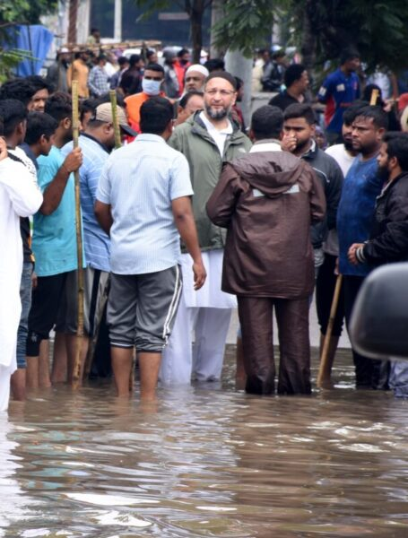 Asaduddin Owaisi supervising rescue operations, Old City, New City, Heavy rains, Hyderabad
